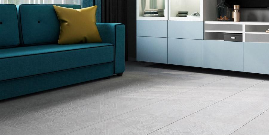 Керамогранитная плитка на полу